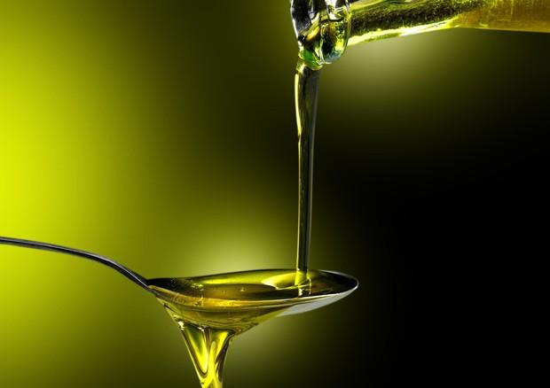 20 ml al giorno di OLIO EXTRAVERGINE DI OLIVA