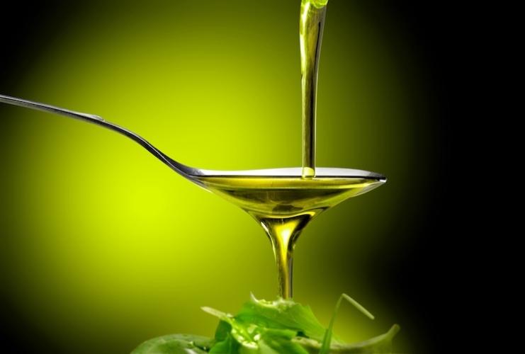 L'OLIO EXTRAVERGINE DI OLIVA contiene quantità di Omega 3 e Omega 6